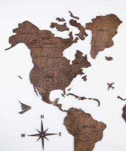 2D Mapa světa dřevěnná - barva vlašský ořech