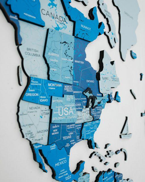 3D dřevěná mapa světa - modrá barva s řekami