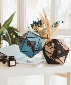 3D glóbus světa z korku - barva modrá a černá