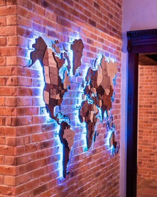 3D dřevěná mapa světa s akrylem a LED podsvícením