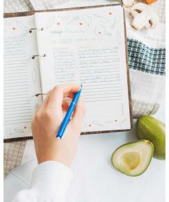 Dřevěný deník s motivem ryb a zeleniny
